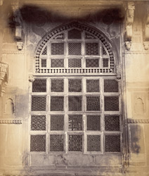 [Detail of a carved stone lattice at] Mahammed Ghaus Tomb, [Gwalior] 9422